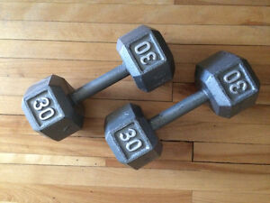 Haltères hexagonal en fonte - 30 lb - Cast iron Hex dumbbells