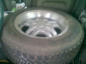 2 GMC Sonoma Jimmy S10 S15 235r60/16 winter tires on rims