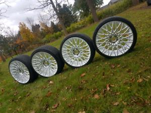 "Staggred 20"" rims Niche Wheels"