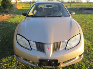 Sunfire 2004 Only 67k Certified + Set of Winters on Rims