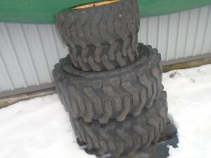 Tires and rims for compact tractor Johndeer 4200 and similar