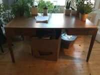 Desk - traditional