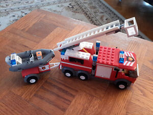 Lego City 7239 Fire Truck