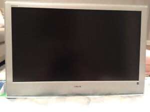 "40"" Sony Bravia LCD Flat Screen TV"