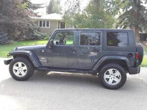 2008 Jeep Wrangler Sahara, 4WD, 4Dr, soft top kit incl