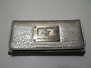 Beverly Hills Polo Club Ladies Wallet - BRAND NEW