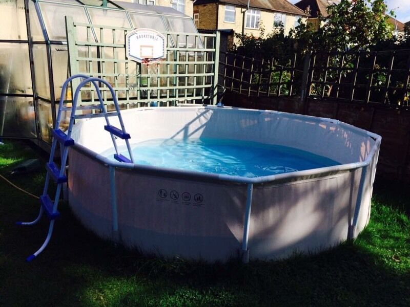 Summer Escapes 10ft Metal Frame Swimming Pool In Ipswich