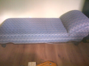 Antique fainting couch Kitchener / Waterloo Kitchener Area image 4