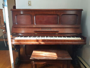 Piano for sale **Montreal**