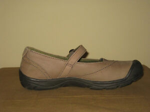 Keen Mary-Jane Shoes, womens size 8