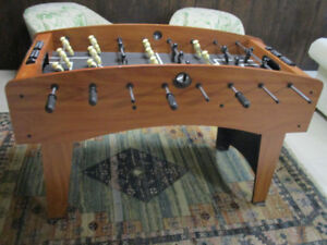 Soccer Table ,  Vary Good condition, With balls.