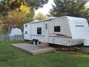 29' Dutchmen Aristocrat Travel Trailer
