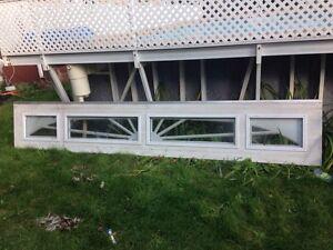 Un paneau vitre de porte de garage Garaga comme neuf