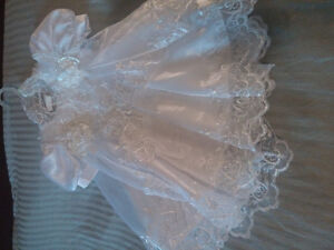 Girl's 6 months old formal/christening gown