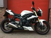 TRIUMPH STREET TRIPLE 675, ABS BRAKES, 6000 MILES, TWO OWNERS