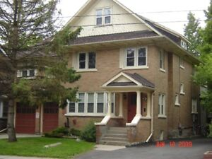 4 bedroom unit - minutes from WLU