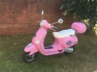 Lovely condition PINK VESPA PIAGGIO LX50 59 plate scooter