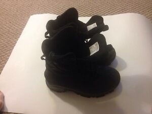 Columbia Boots in Perfect Condition