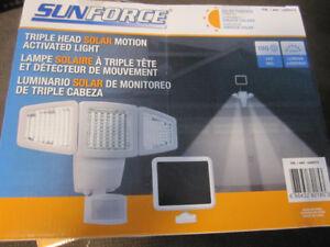 Sunforce 180 LED Triple Head Solar Motion Light - open box