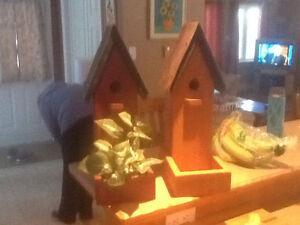 Barn bird house