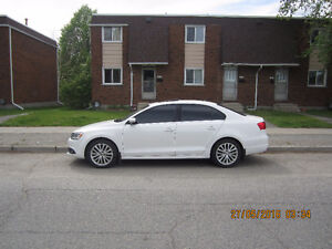 2011 Volkswagen Jetta Highline Sedan
