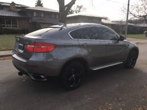 BMW X6 5.0i  500 HORSEPOWER !!! BEAUTIFUL IN EXCELLENT CONDITION