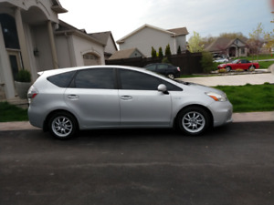 2013 Toyota Prius v Four 4D Wagon 4-Cyl Hybrid 1.8L Immaculate