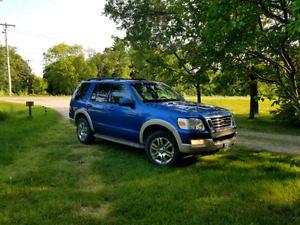 Ford Explorer 2010 Eddie Bauer -  Saftied -