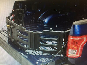 2016 oem Ford bed Extender (NEW)