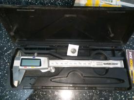 digital caliper gauge