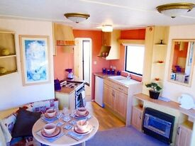 Cheap static caravan in Newquay Cornwall close to beach. Family friendly park with full amenities.