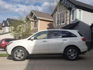 ACURA MDX 2008 with very low mileage