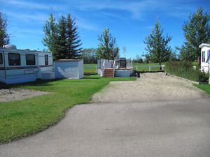 GLENIFFER LAKE - Golf course RV lot for rent #2043