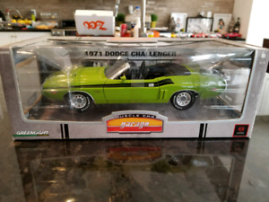 1:18 Diecast Greenlight 1971 Dodge Challenger Mopar