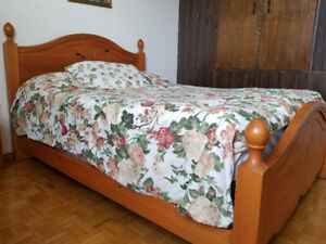 Solid maple bed with mattress