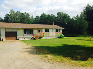 2 RENOVATED HOMES ON 10 ACRE LOT-SPANISH ONT