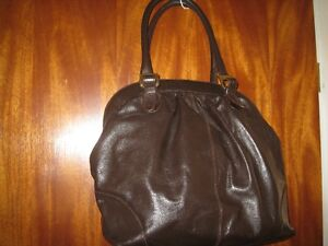 Luxurious Purse-Made in Spain West Island Greater Montréal image 2
