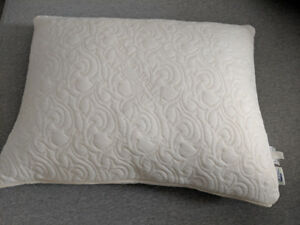 Tempur Pedic Cloud Pillow (memory foam)