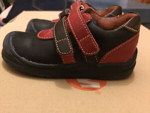 Clarks shoes size 20