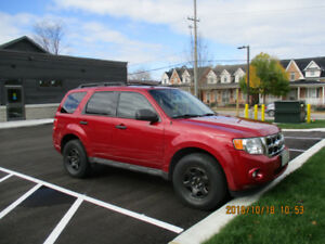 2011 Ford Escape XLT - Certified, Ready for winter