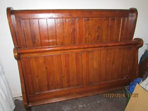 *Rustic Charm* Solid Pine-Reclaimed Wood - Sleigh Bed - Queen