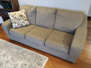 Couch set