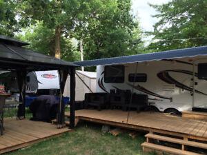 Roulotte Laredo 2011  30' camping Les Cèdres à St-jean