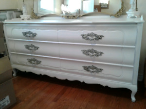 Large Solid Wood 6 Drawer Dresser