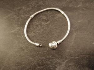 396d3fce5 Pandora Bracelets And Charms   Kijiji in British Columbia. - Buy ...