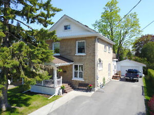 IMMACULATE 2.5 STOREY HOME! 125 Glenelg St W, Lindsay, ON