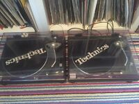 Technics 1210 mk2 pair immaculate as new condition