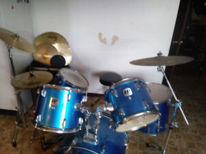 Drum set ~ moving must sell