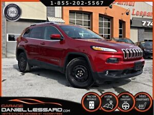 Jeep Cherokee NORTH, 4X4, 6 CYL, CAM RECUL, GR ELEC, GPS, A VOIR