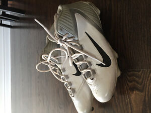 Nike Alpha Speed cleats size 8!!